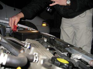 A 12v akkumulátor autókba való